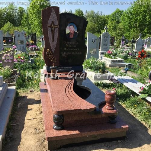 Одинарний пам'ятник у Богородчанах #23