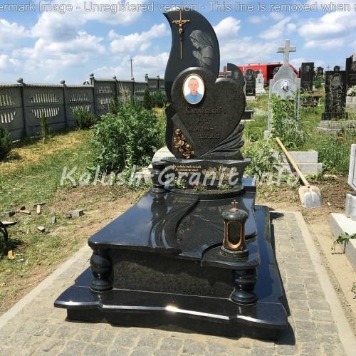 Одинарний пам'ятник у Крилосі #21