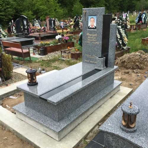 Пам'ятники одинарні У Калуші #87