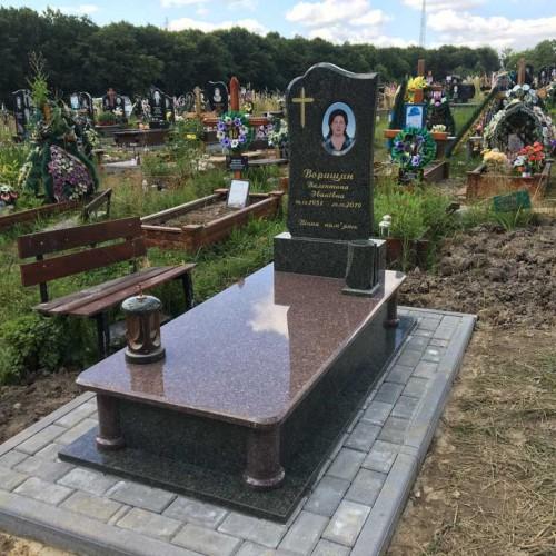 Пам'ятники одинарні у Мостище #89
