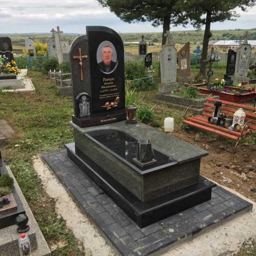 Пам'ятники одинарні у Тисмениці #91