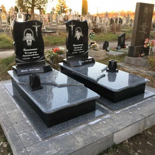 Пам'ятники одинарні у Калуші  #76